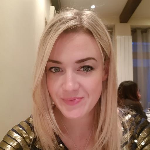 Profile photo for Lizze Cross